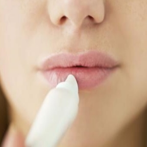 Home-Cures-for-lips